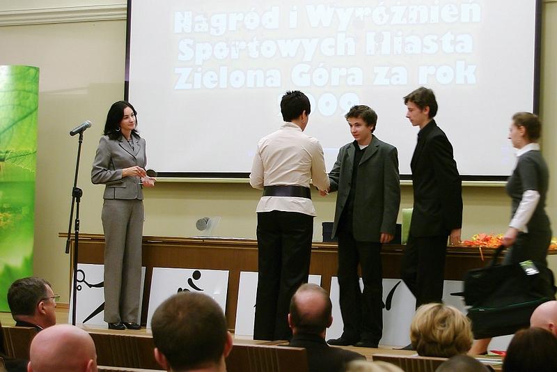 np2010-02-12-1
